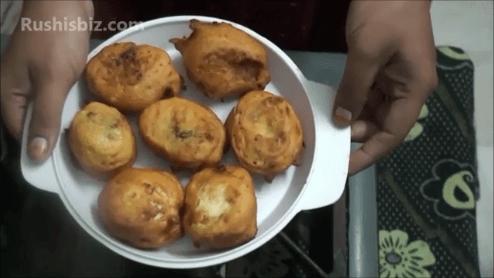Aloo Egg Bajji (Potato Bajji)……….@Rushisbiz.com
